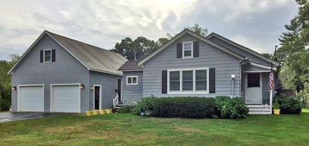 104 Old Post Road  Kittery, Maine 03904