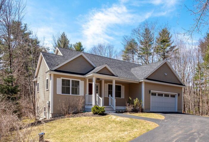 3 Jefferson Lane Kittery, Maine 03904